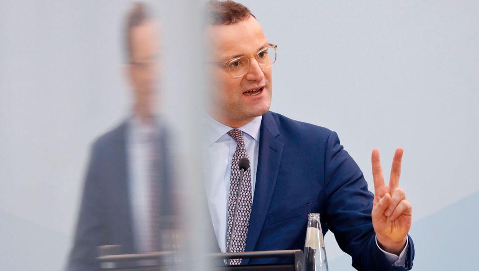 Gesundheitsminister Jens Spahn (CDU): »Ich bitte Sie darum abzuwarten, bis auch Sie an der Reihe sind«