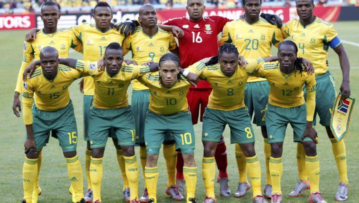 WM-Eröffnungsspiel: Zwei Tore, Tausende Tröten
