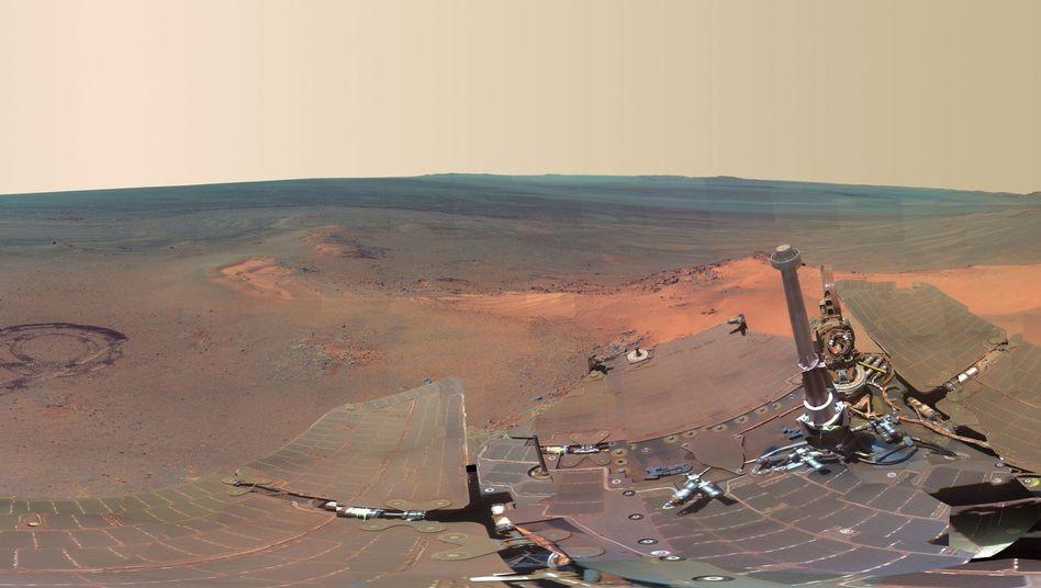 """Mars-Panorama aus Sicht der """"Opportunity"""": Rover wieder in Betrieb"""