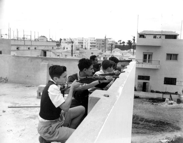 Jüdische Kämpfer in Tel Aviv