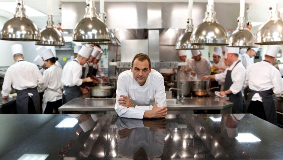 Der 44-jährige Humm in der Küche seines Restaurants: Essen genauso lecker wie zuvor