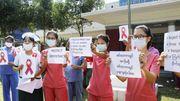 Was bedeuten diese Symbole des Protests in Myanmar?