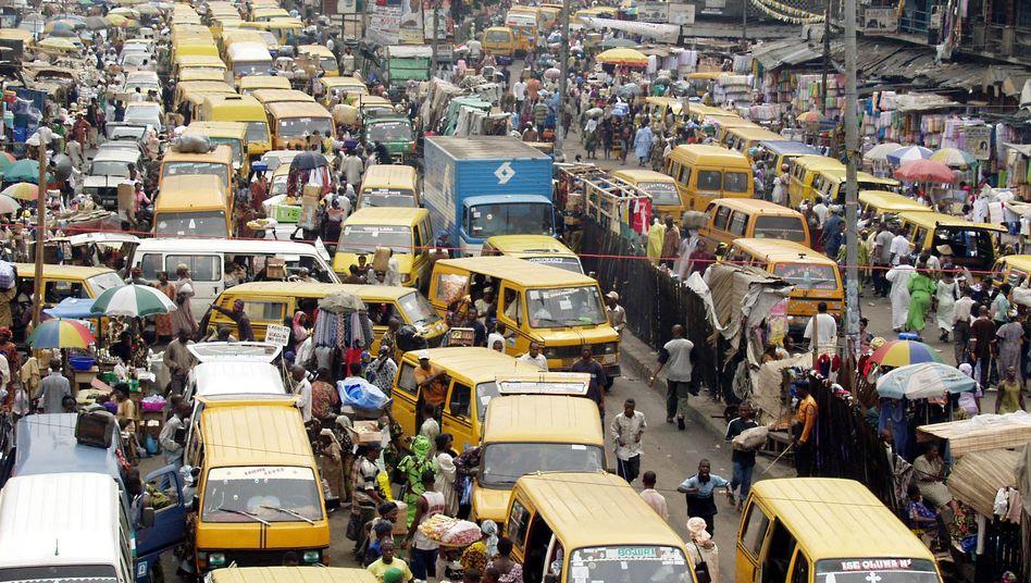 Chaos in Lagos: In Afrika sterben besonders viele Menschen im Straßenverkehr