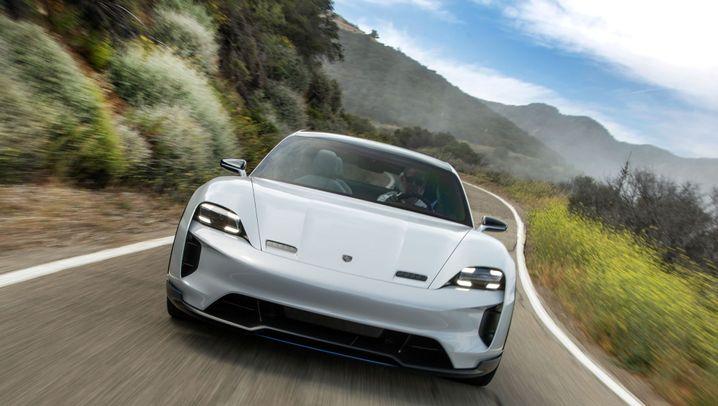 Autogramm Porsche Mission E Cross Turismo: Studienausflug