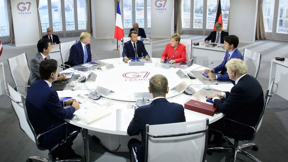 Die G7-Staatsoberhäupter und EU-Ratspräsident Donald Tusk in Biarritz