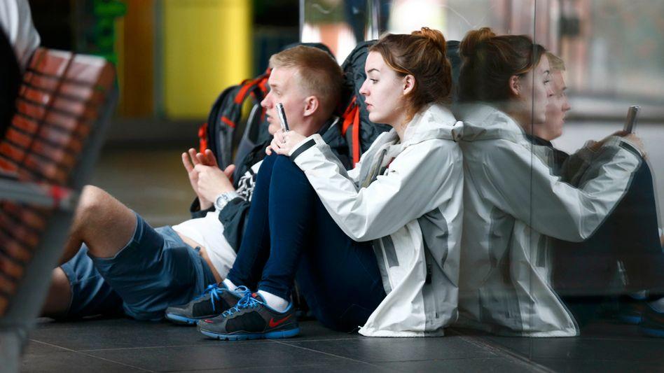 Warten in Berlin: Abiturienten bangen um Prüfungen