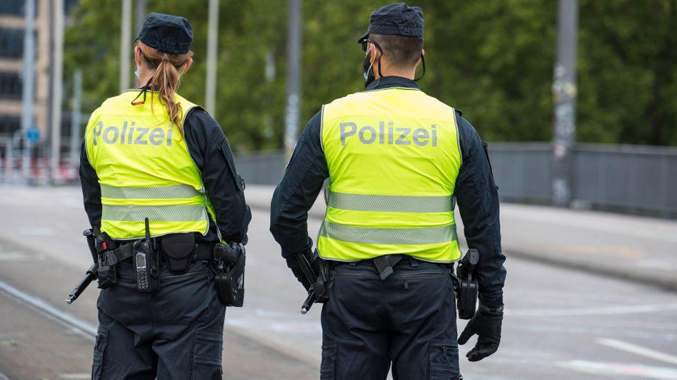 Polizeibeamte in der Schweiz (Symbolbild)