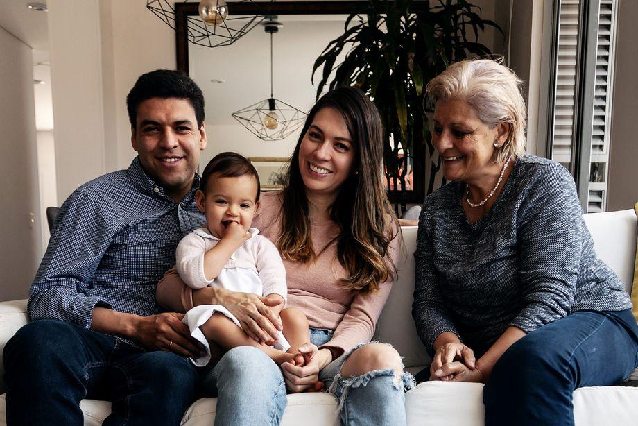Carlos, Antonia, Natalia und Carlos' Mutter Martha