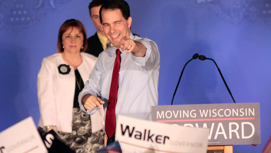 Republikanischer Gouverneur Walker: Im Amt behauptet