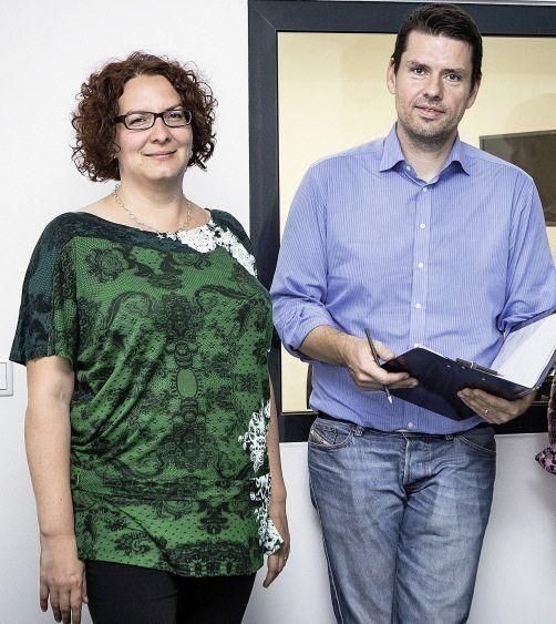 Psychologin Ramona Kenntner-Mabiala, Redakteur Kleinhubbert