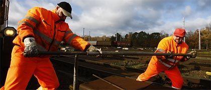 Bahnarbeiter in Deutschland: Der Standortvorteil wird größer