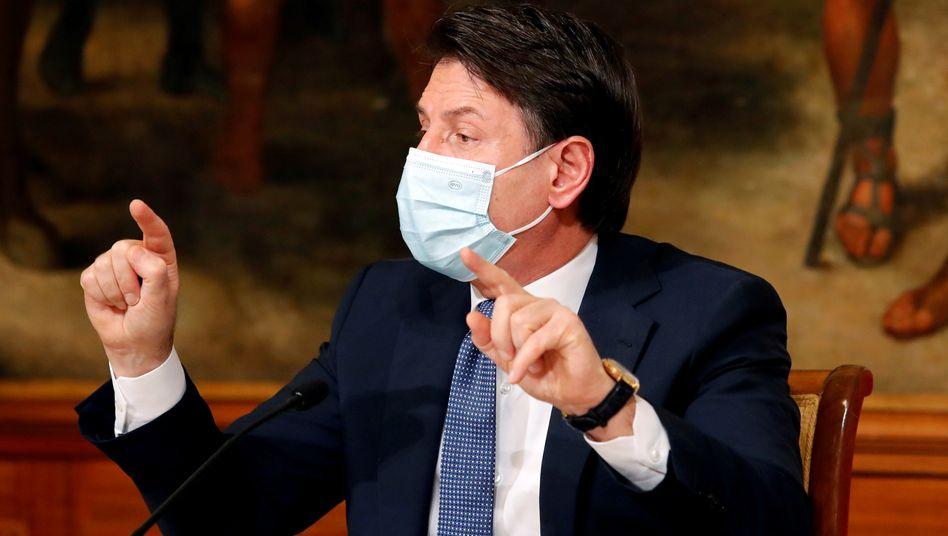 Italiens parteiloser Premierminister Giuseppe Conte braucht Unterstützer im Senat