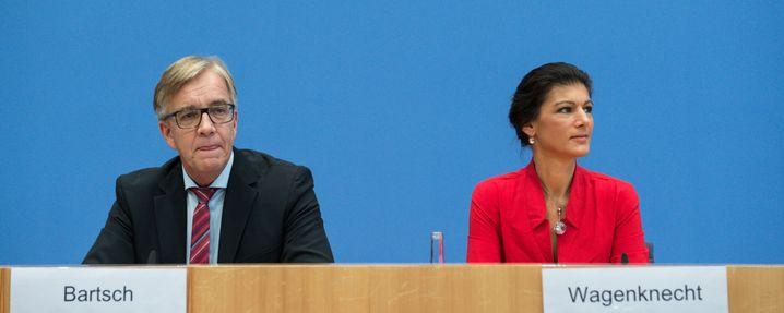 Linken-Spitzenkandidaten Bartsch und Wagenknecht