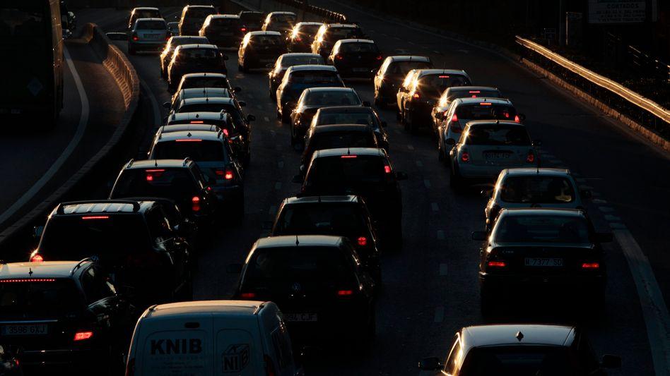 Autobahn bei Madrid: Einsparungen von 15 Prozent geplant
