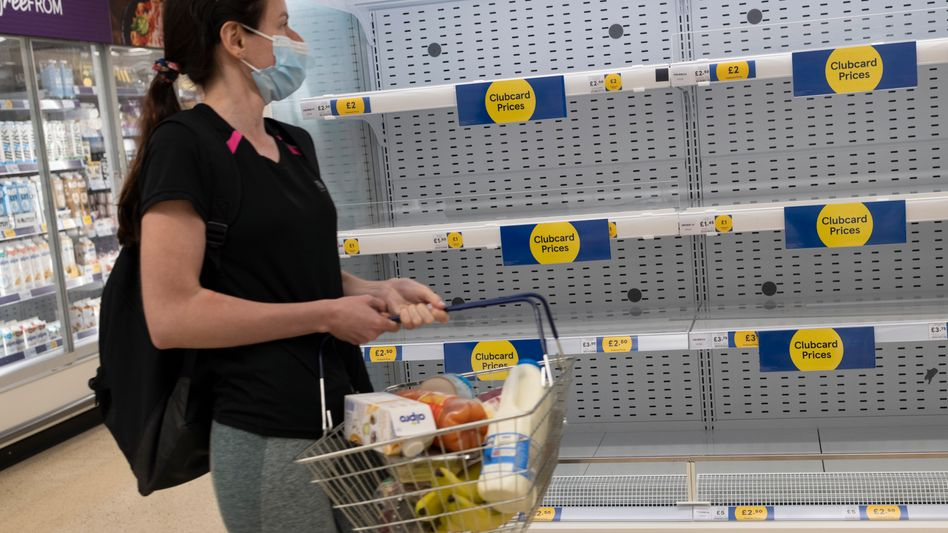 Lieferschwierigkeiten in London: In den vergangenen Tagen blieben einige Regale im Supermarkt leer