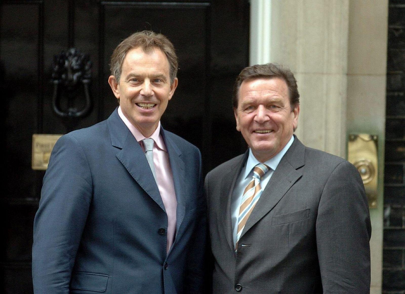 Tony Blair / Gerhard Schröder grinsend