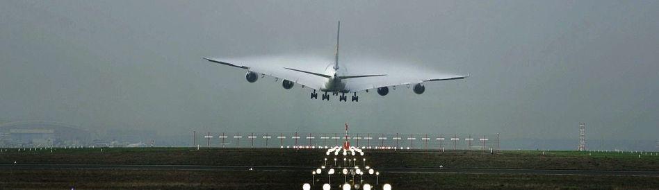Airbus vor der Landung in Frankfurt am Main