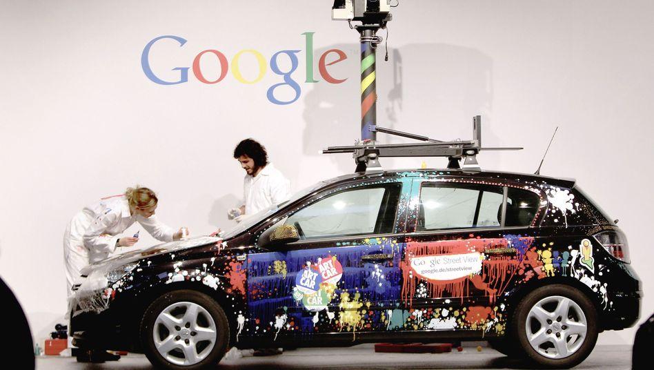 Streetview-Auto (Malaktion bei der Cebit 2010): Gebühren fürs Fotografieren?