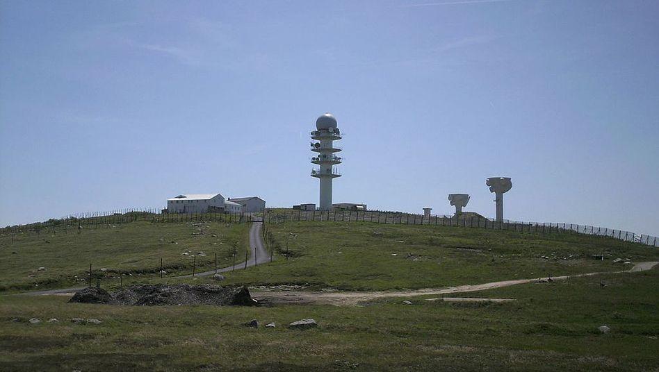 Militäranlage auf dem Berg Pierre-sur-Haute: Zu geheim für die Wikipedia?
