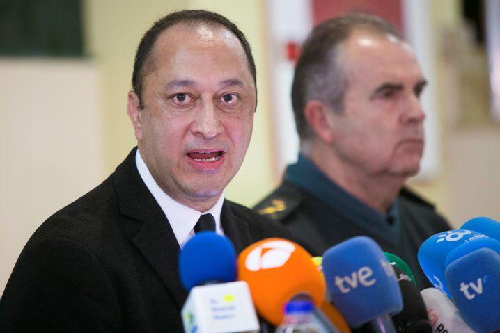 """Regierungsvertreter Gomez de Celis: """"Schließt illegale Brunnenschächte!"""""""