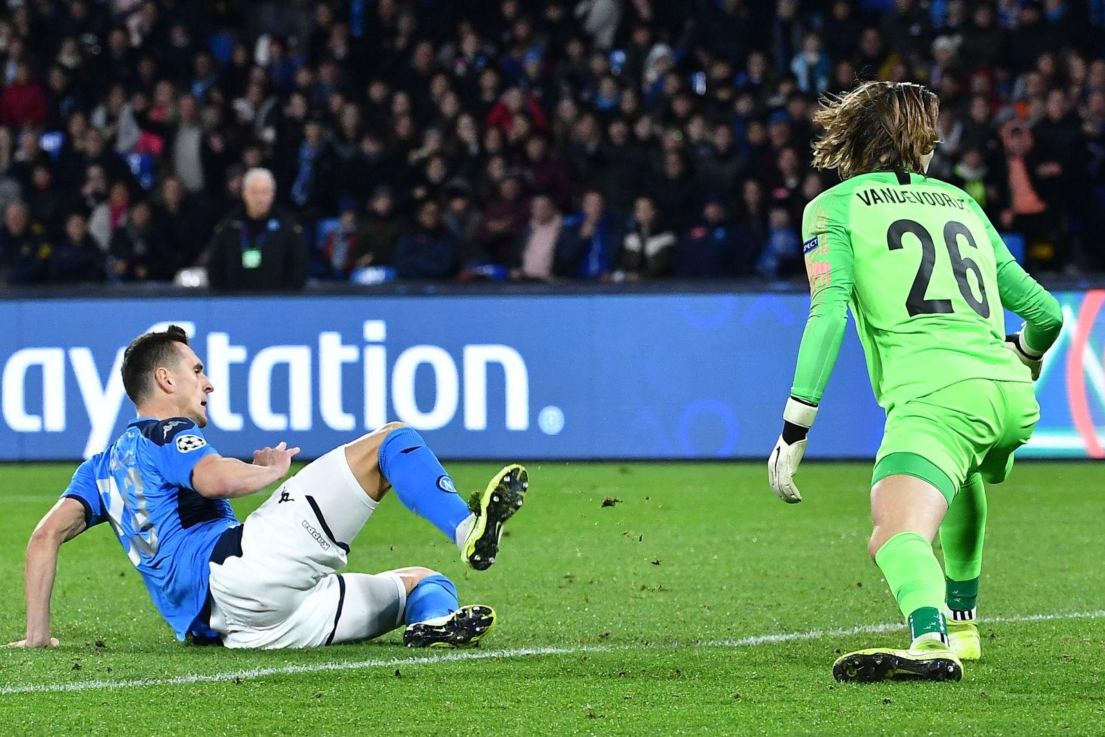Champions League Napoli Genk Vandevoordt