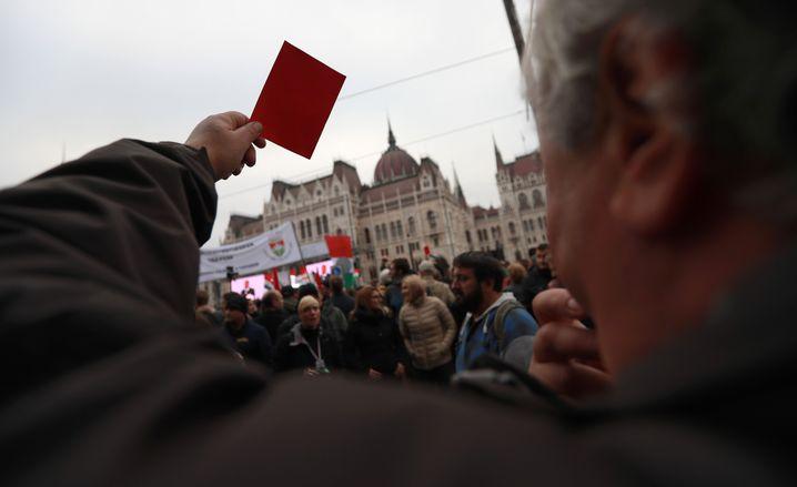 Demo gegen Orbán in Budapest
