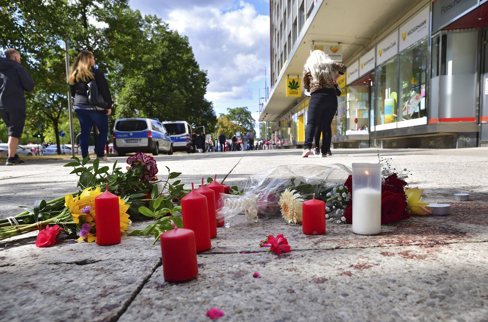 EINMALIGE VERWENDUNG Chemnitz/ Blumen und Kerzen