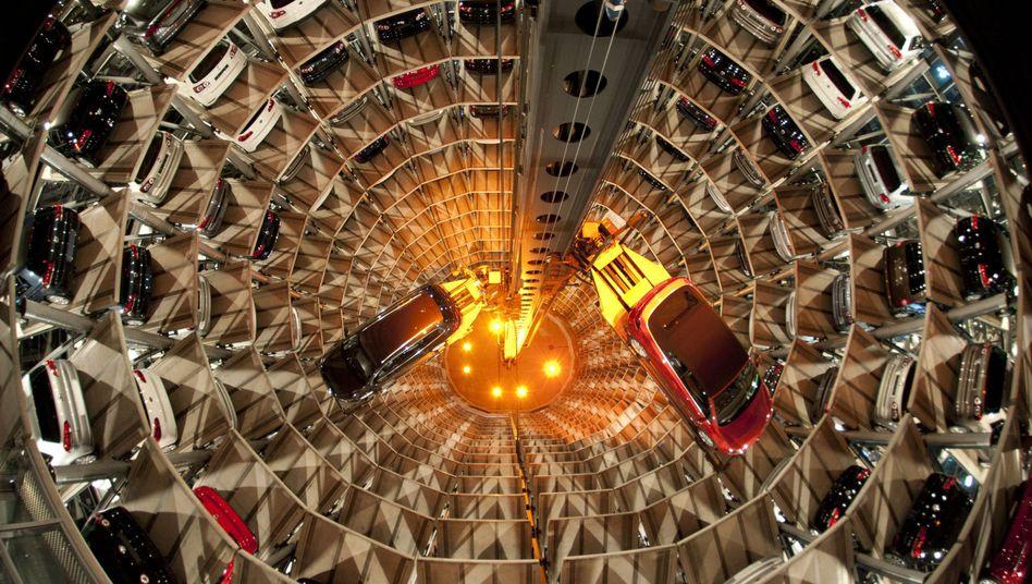 VW-Autostadt in Wolfsburg: Die Wirtschaft läuft - trotz Krise