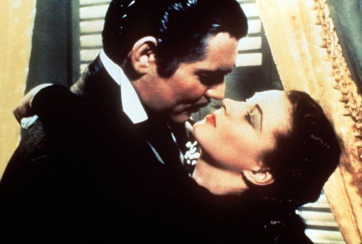"""""""Vom Winde verweht"""" (1939): Scarlett O'Hara (Vivien Leigh) und Rhett Butler (Clark Gable) kurz vor ihrem legendären Kuss"""