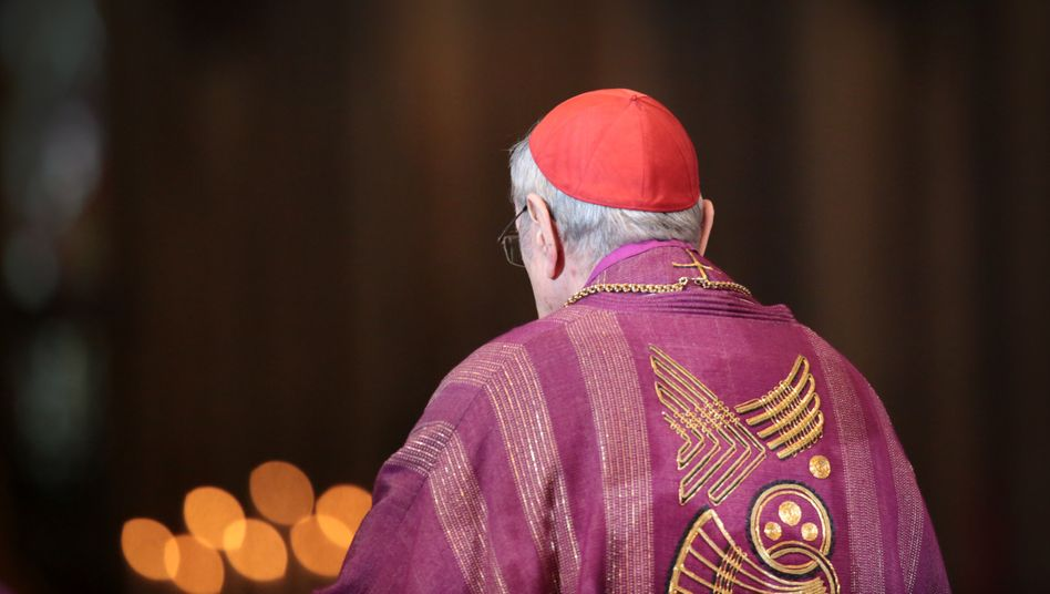 Der 2017 verstorbene Kardinal Joachim Meisner bei seiner Verabschiedung im Kölner Dom (2014)