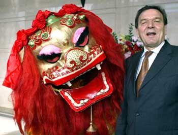 Schröder in China: Außenpolitisches Nirwana