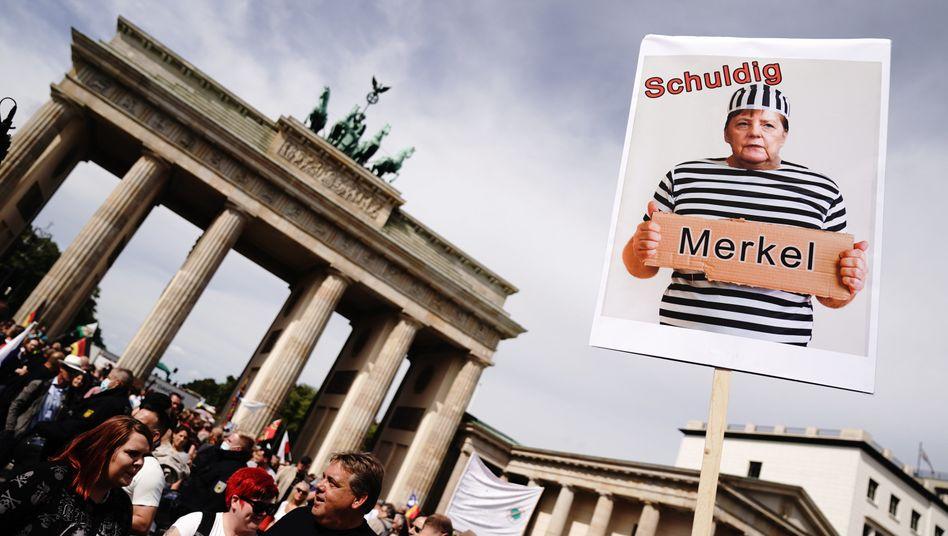Demo von Verschwörungsgläubigen: Laute Minderheit