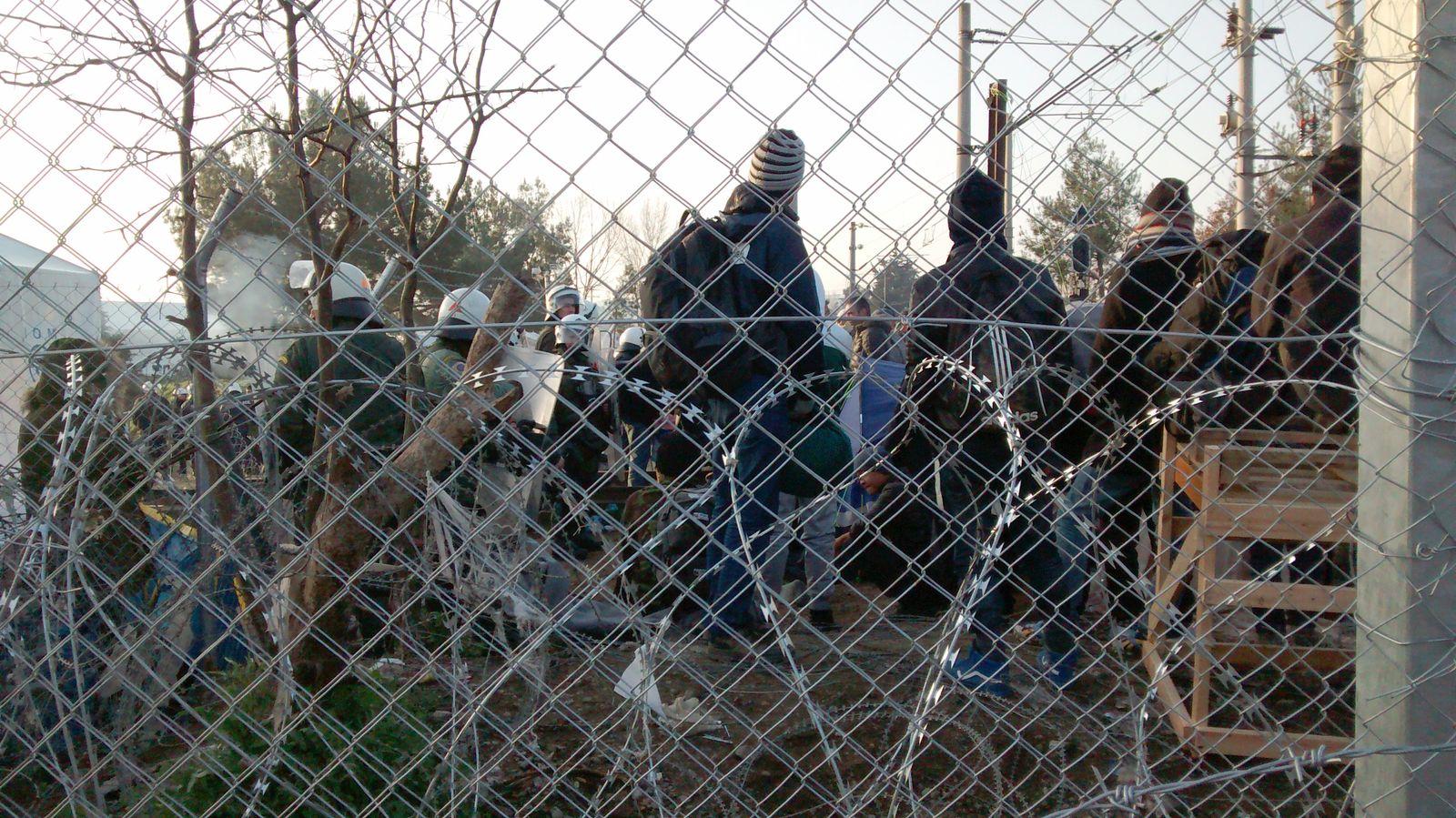 Grenze Mazedonien / Griechenland / Giorgos Christides