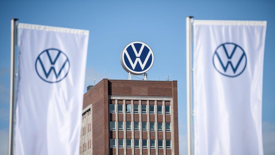 Verwaltungshochhaus vom Volkswagen-Werk in Wolfsburg