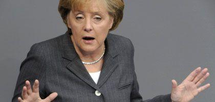 """Merkel im Bundestag: """"Das geht alle an, rund um den Globus"""""""