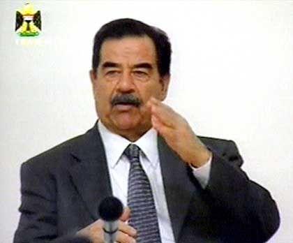Echt oder falsch? Saddam Hussein im irakischen Fernsehen