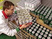 Zahlenzauber ums Dosenpfand: Der Einzelhandel profitiert