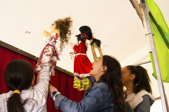 Ein Puppentheater soll im Kampf gegen selektive Abtreibung helfen