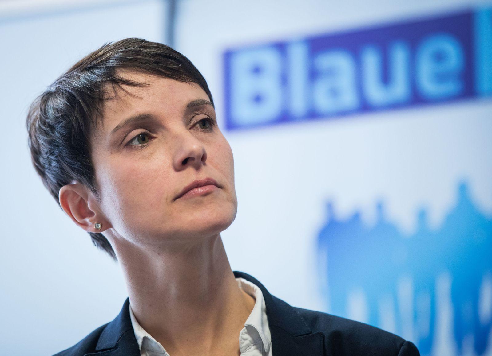 """Petry gibt Startschuss für """"Blaue Wende"""""""