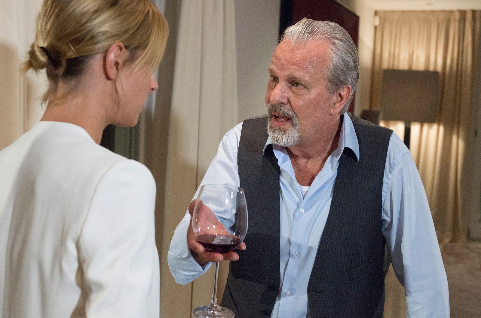 EINMALIGE VERWENDUNG TV/ Tatort: Roomservice