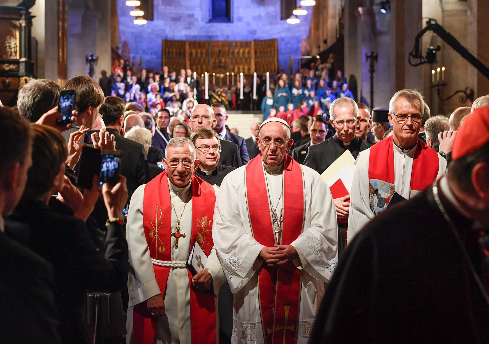 POPE-SWEDEN/