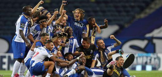 Portugal: FC Porto gewinnt Meisterschaft - Fans feiern vor dem Stadion