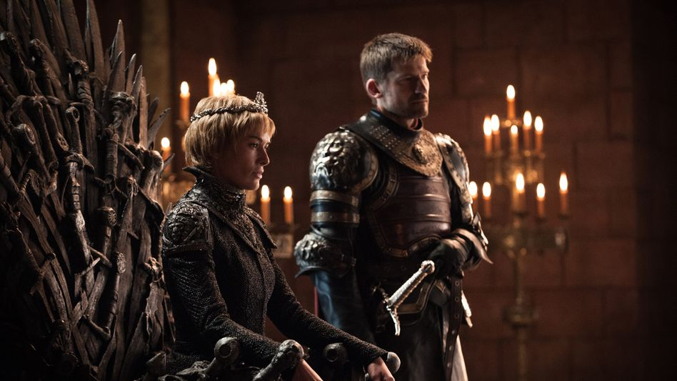 Serienfiguren Cersei und Jaime Lennister