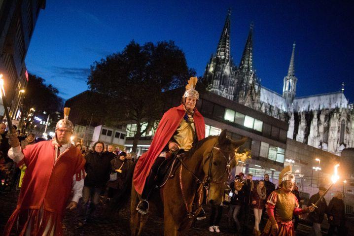 Martinszüge wie hier in Köln wird es in diesem Jahr nicht geben (Archivbild)
