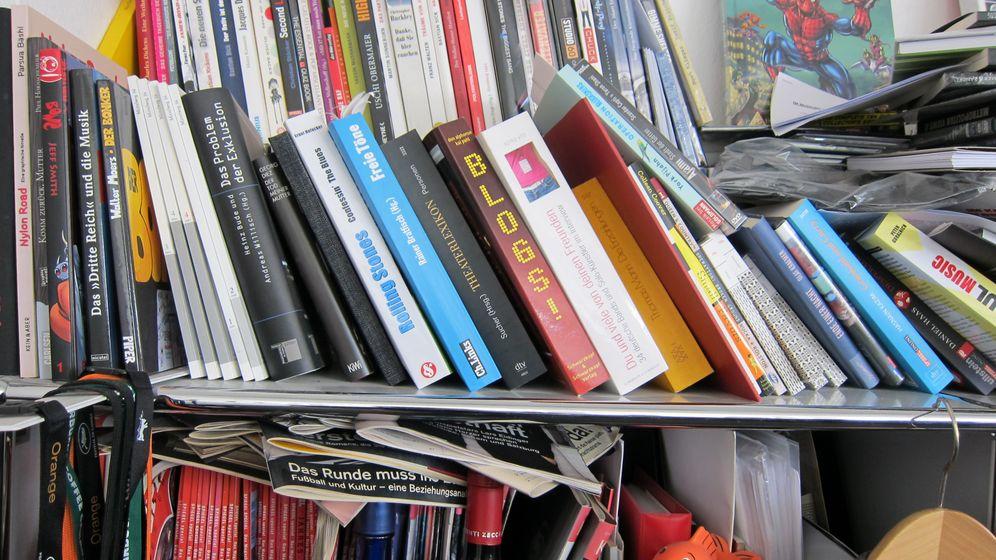 Gebrauchtverkauf: So kommen alte DVDs und Bücher zum Web-Großhändler