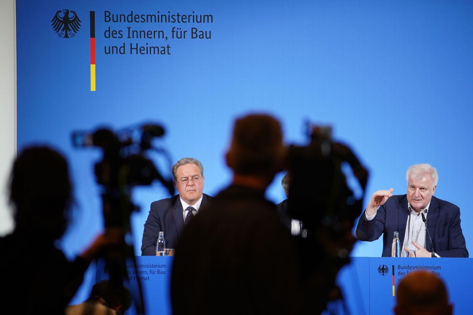 German Interior Minister Seehofer comments on coronavirus, Berlin, Germany - 15 Mar 2020