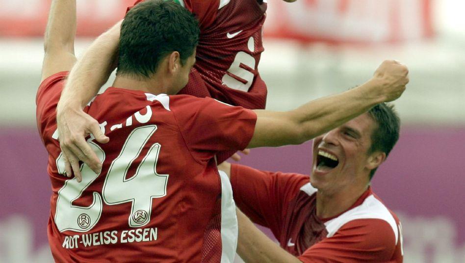 Essener Spieler (2008 beim Pokalspiel gegen Dortmund): Nicht mehr viel zu lachen