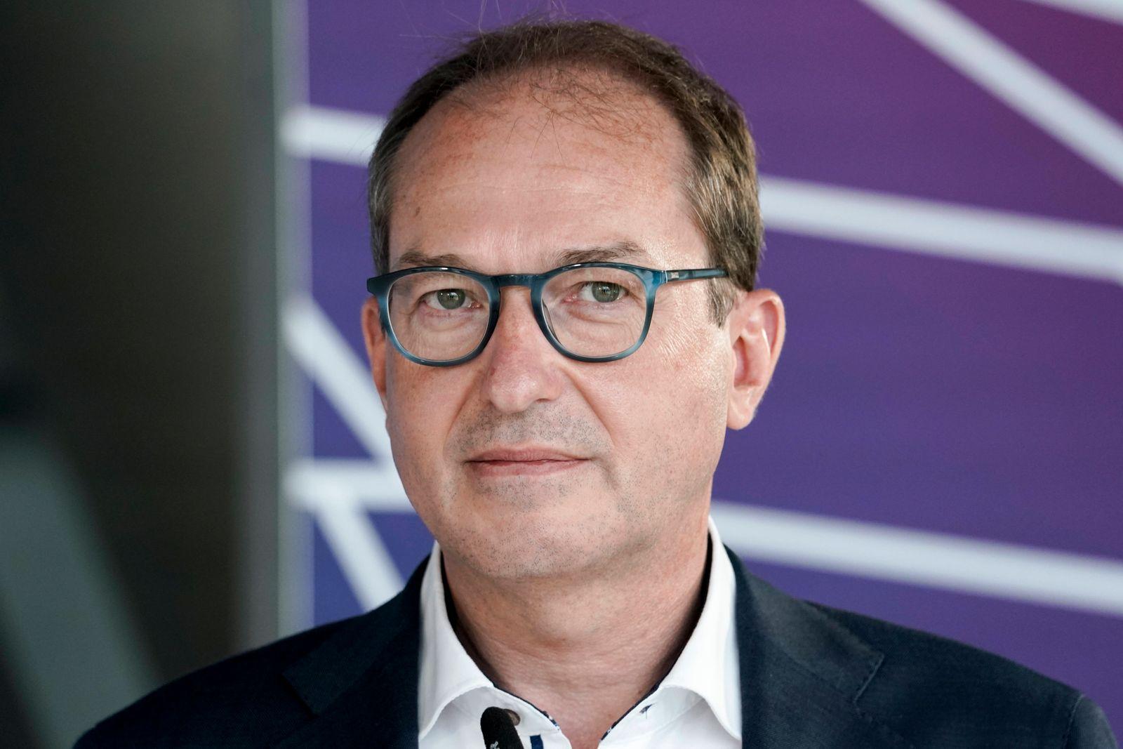 Statement vor der CDU/ CSU Fraktionssitzung des Bundestag Aktuell, 22.06.2021, Berlin, Alexander Dobrindt (CSU) bei sein