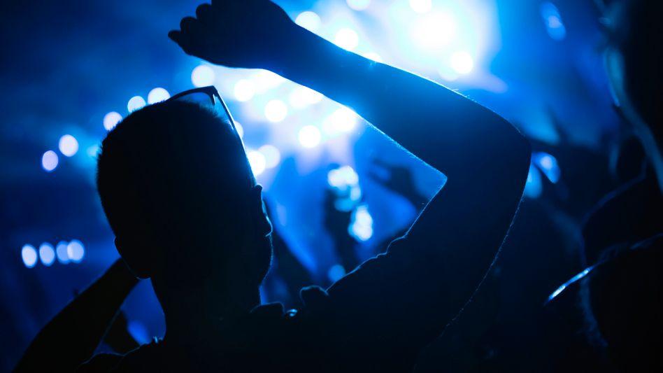 »Hauptsächlich Mittzwanziger« sollen sich während einer Party in Münster infiziert haben (Symbolfoto)