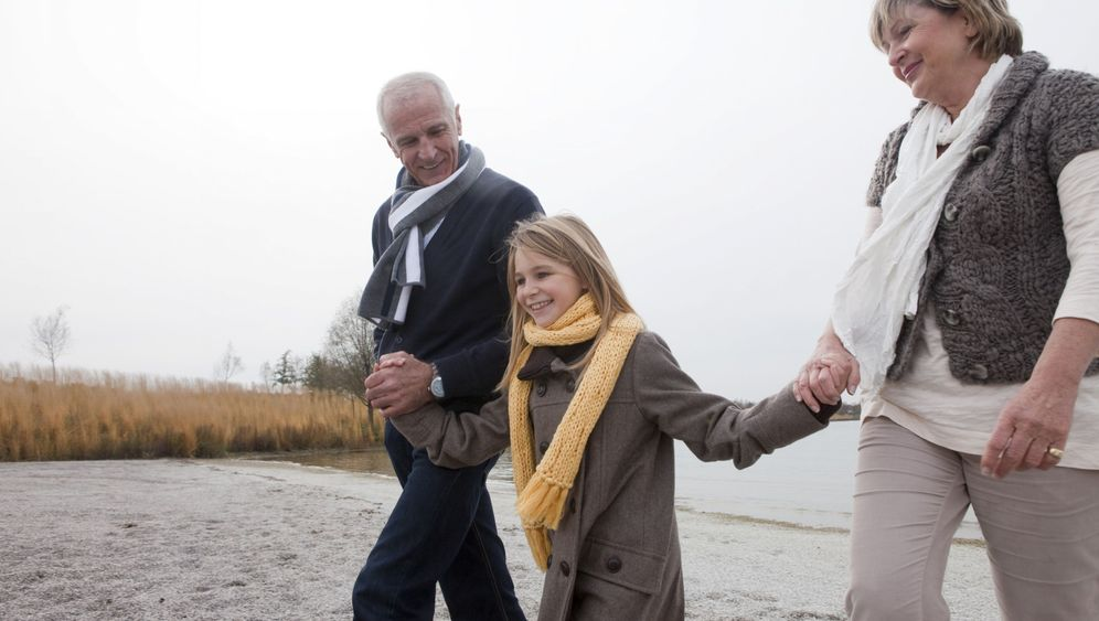 Unterstützung für Eltern: Mehr Oma und Opa